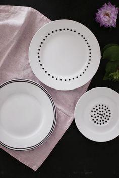 aus meinem Garten: Zwetschgen • DIY: bemalte Teller (via Bloglovin.com )
