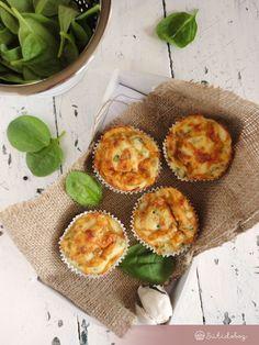 Spenótos muffin | Sütidoboz.hu Spanakopita, Muffin, Ricotta, Food And Drink, Breakfast, Ethnic Recipes, Xmas, Foods, Morning Coffee