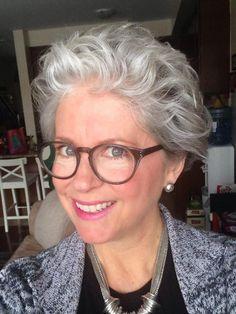 short hair styles for women over 50 gray hair Haircuts For Wavy Hair, Short Shag Hairstyles, Bob Haircuts For Women, Hairstyles Over 50, Short Hairstyles For Women, Trending Hairstyles, Short Haircuts, Short Sassy Hair, Short Grey Hair