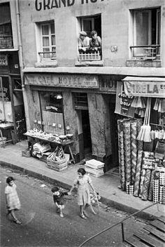 scène de rue Paris, 1928