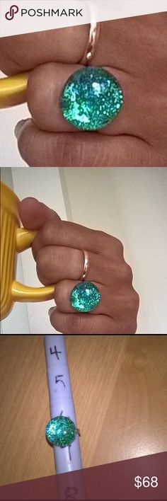 """NWT KISSED BY COSMOS RING green Statement piece Stunning green ring. The Circle part measures approx 0.6"""" A beautiful gift 🎁 All sizes available. Offers warmly welcomed. Jewelry"""