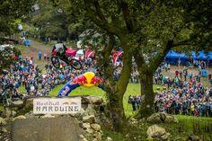 A Craig Evans la Red Bull Hardline 2017