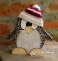 luv, luv, luv this adorable card in the shape of a penguin...too sweet...template on blog...
