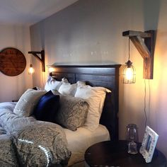 Simply Farmhouse Master Bedroom Design Ideas You're Dreaming of 19 Bedroom Lighting, Sconce Lighting, Bedroom Decor, Wall Mounted Lights Bedroom, Bedroom Furniture, Bedside Lighting, Bedroom Lamps, Teen Bedroom, Bedroom Sets