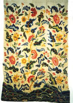 Bed curtain | V&A Search the CollectionsPlace of origin: England, Britain (embroidered)  Date: 1690-1710 (made)  Artist/Maker: Unknown (production)  Materials and Techniques: Linen and cotton twill, embroidered with wool