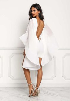 White Voluminous Bell Sleeve Low Back Bodycon Dress - Bodycon - Dresses All White Party Outfits, Classy Outfits, Chic Outfits, Trendy Outfits, White Fashion, Look Fashion, Urban Fashion, Girl Fashion, Dress Skirt