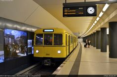 BVG D 2001 Berlin U-Bahn U55 Brandenburger Tor 18-08-2017
