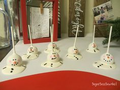 Day 6 | Santa Cookie Table Display