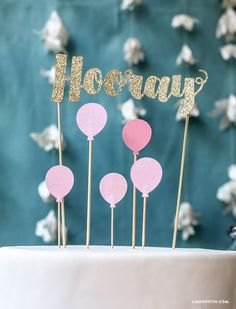 Birthday decorations diy banner cake toppers 64 Ideas for 2019 Diy Cake Topper, Birthday Cake Toppers, Cupcake Toppers, Cricut Cake, Cake Banner, Diy Banner, Diy Birthday Decorations, Birthday Diy, Cake Birthday
