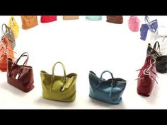 With spring approaching, Longchamp makes its 16 colored tote bags and well-matching clutches in the LM Cuir line dance in a movie produced in stop motion with electro music. A real choreography to discover on longchamp.com starting March 18th 2013!