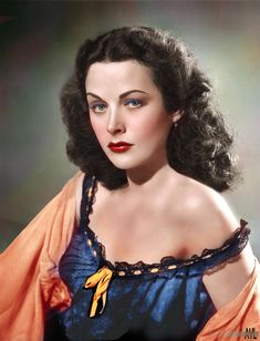 Hedy Lamar - considered the most beautiful woman in film and the world in the predating Liz Taylor similarly hailed. Colorized photo taken ca 1945 Old Hollywood Stars, Golden Age Of Hollywood, Vintage Hollywood, Hollywood Glamour, Hollywood Actresses, Classic Hollywood, Divas, Jean Harlow, Hedy Lamarr
