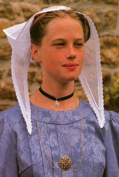 Trégor, Côtes-d'Armor, Bretagne, France LA COIFFE DE MA GRAND MERE  Anne Marie Le Cain. Née à Plouha