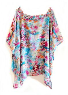 Ideal para vestir bem em qualquer ocasião e ficar à vontade, também para gestantes que podem usá-la depois do parto.