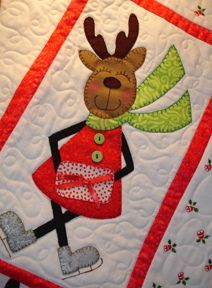 """This is a block from my """"Merry Mrs Reindeer"""" patter. Reindeer getting ready for Christmas :) Christmas Mug Rugs, Christmas Blocks, Christmas Crafts, Christmas Tables, Nordic Christmas, Modern Christmas, Christmas Christmas, Christmas Stocking Pattern, Christmas Applique"""