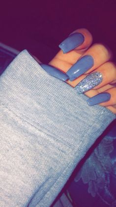 Long blue nails with blue glitter - LadyStyle - Most beautiful Nail models Blue Nails, Matte Nails, Stiletto Nails, Acrylic Nails, Coffin Nails Glitter, Acrylics, Fabulous Nails, Gorgeous Nails, Pretty Nails