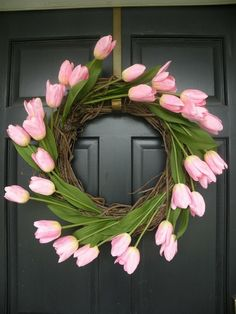 tulip wreath- Tulips scream spring and Easter to me Diy Spring Wreath, Diy Wreath, Spring Crafts, Holiday Crafts, Wreath Ideas, Grapevine Wreath, Burlap Wreaths, Door Wreaths, Christmas Decor