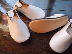 手縫いニッポンの本革バブーシュHope ホワイト