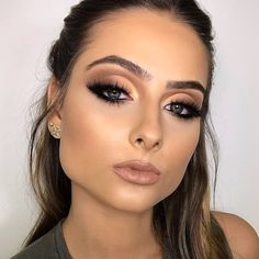 Pin By Beauty On Makeup Inspo In 2019 Beauty Makeup Flatlay – Tutoriels Cheveux Day Makeup, Love Makeup, Skin Makeup, Makeup Inspo, Makeup Inspiration, Beauty Makeup, Perfect Makeup, Makeup Ideas, Makeup Tutorials