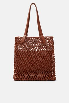 ZARA - Female - Fabric knotted shopper bag - Brick - M Fall Handbags, Handbags On Sale, Luxury Handbags, Fashion Handbags, Purses And Handbags, Leather Handbags, Trendy Purses, Cheap Purses, Unique Purses
