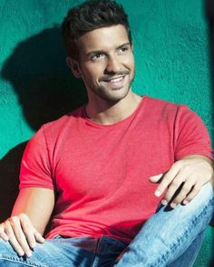 Pablo Alborán Actor Model, Favorite Person, White Man, My Boys, Anatomy, Handsome, Actors, Guys, People