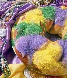 Mardi Gras King Cake - A Reduced-Fat, Full-Flavor Alternative