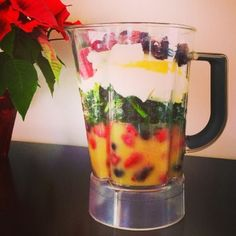 I Don't Go to the Gym: Superfood Smoothie – 130 calories!  Prep on Sunday & freeze portions for breakfast all week long