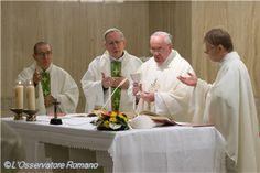 Homilía del 21 de enero. Papa Francisco: para dialogar con Dios tenemos que hacernos pequeños