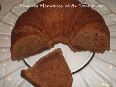Trisha Yearwood's Chocolate Pound Cake - Making Memories With Your Kids