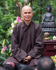 """Buddhism in Action & Non-Action ·No need to hurry """"Happiness is here and now. I have dropped my worries. Nothing to do. Nowhere to go. There's no need for hurry. Happiness is here and now. I have dropped my worries. Something to do. Somewhere to go. But, there's no need for hurry."""" ~ Thich Nhat Hanh"""