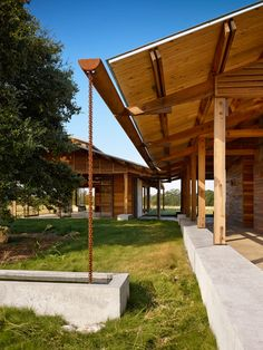 10 Jolting Tips: Glass Roofing Porch roofing architecture inspiration.Green Roofing Section tropical modern roofing. Design Exterior, Roof Design, House Design, Timber Architecture, Architecture Design, Wooden Pavilion, Wooden Pergola, Lake Flato, Fibreglass Roof