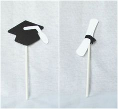12 Graduation Cupcake Toppers