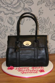 Mulberry Handbag Cake 3 by Kingfisher Cakes Diva Cakes, Fab Cakes, Girly Cakes, Cupcakes, Cupcake Cakes, Luggage Cake, Handbag Cakes, Purse Cakes, 18th Cake