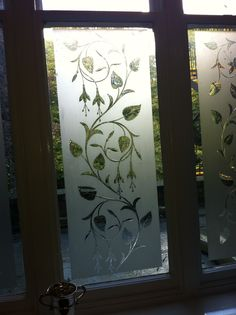 37 Ideas frosted glass pantry door ideas for 2019 Window Glass Design, Glass Partition Designs, Frosted Glass Design, Door Design, Frosted Glass Pantry Door, Etched Glass Door, Glass Front Door, Glass Etching Designs, Glass Painting Designs