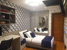 Trendy closet masculino com espelho 15 Ideas Small Closet Storage, Small Closets, Small Rooms, Wooden Wardrobe, Built In Wardrobe, Walk In Closet Design, Closet Designs, Brown Doors, White Doors