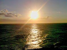 Portentoso mar Caribe en el atardecer...