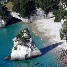 HAHEI BEACH NEWZEALAND - BEAUTIFUL