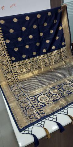 Traditional Jacquard Banarasi Silk Sarees from Odhni-Rani's Boutique Crepe Saree, Satin Saree, Chiffon Saree, Cotton Saree, Cotton Dresses, Indian Silk Sarees, Tussar Silk Saree, Soft Silk Sarees, Georgette Sarees