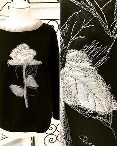 Дизайнер Лариса Штемке в Instagram: «Нежная роза выполнена в технике коллажной вышивки. Так интересно осваивать что -нибудь новенькое 😊. Роза украшает чёрный свитшот, горловина…» Free Motion Embroidery, Embroidery Fabric, Embroidery Stitches, Tapestry Weaving, Fabric Manipulation, Sewing Techniques, Fashion Details, Applique, Ruffle Blouse