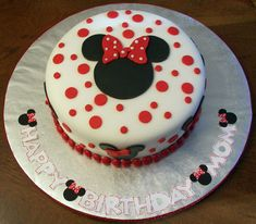 Make your own pie by yourself Making fondant pie minnie mouse - Torten & fondand - Gateau Torta Minnie Mouse, Bolo Do Mickey Mouse, Bolo Minnie, Minnie Mouse Birthday Cakes, Mickey Cakes, Mickey Birthday, Birthday Cake Girls, 2nd Birthday, Mickey And Minnie Cake