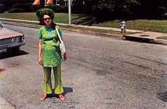ROSEGALLERY ©William Eggleston, courtesy ROSEGALLERY, Santa Monica (New-Dyes-Rosa-in-street)