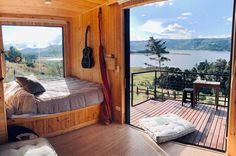 Glamping in Colombia is an incredible experience, because this country has an immense variety of landscapes and climates. Glamping, Camping Con Glamour, Bell Tent Camping, Collapsible Storage Bins, Shower Tent, Shower Units, Camping Lanterns, Rafting, Beautiful Places