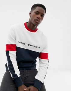 Tommy Hilfiger Limited Sailing Color Block Logo Crew Neck Sweatshirt Relaxed Fit In White/multi - White Tommy Hilfiger Outfit, Tommy Hilfiger Sweatshirt, Tommy Hilfiger Style, Camisa Polo, Crew Neck Sweatshirt, T Shirt, Mens Sweatshirts, Shirt Designs, Men Sweater