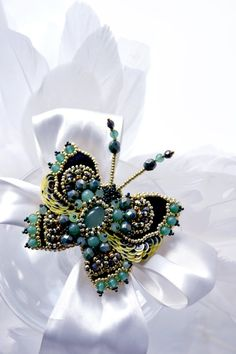 Gift for mom butterfly brooch Nephrite yellow от PurePearlBoutique