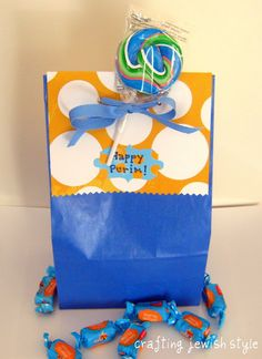 decorated mishloach manot bags for Purim #crafts