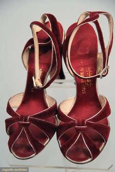 EVENING SANDALS, 1930s. I could just cry, these are so pretty.