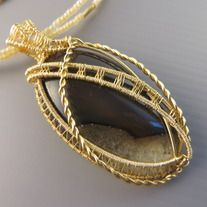 MTS wheat colour Agate creation | One-of-a-kind | Agate semi-precious gemstone | Quality non-tarnish gold wires from US | Dimension 3cm x 6.5cm.  Complimentary gold oxidized nickel-free non-tarnish chain at 55cm long with handmade clasp. (beaded chain in picture for sample only) Removable and i...