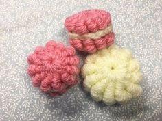 How to Crochet Blanket:Sweet Macaron blanket Crochet Buttons, Knit Crochet, Crochet Handbags, Crochet Videos, Creative Food, Crochet Flowers, Macarons, Diy And Crafts, Crochet Necklace