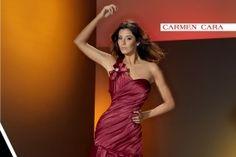 Carmen Cara, modelo elegante