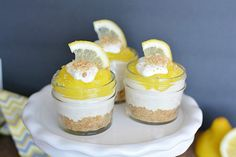 """Mommy Moment™ on Twitter: """"NO BAKE LEMON CHEESECAKE in mini mason jars - easy to make and so yummy on a hot summer day! https://t.co/NsQqrrtMzk https://t.co/iZv8bEr0Gn"""""""
