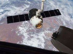 NASA - SpaceX Dragon Release